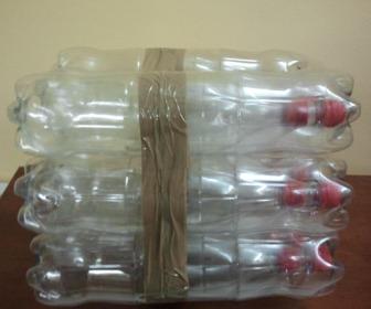 Come fare uno sgabello con le bottiglie di coca cola